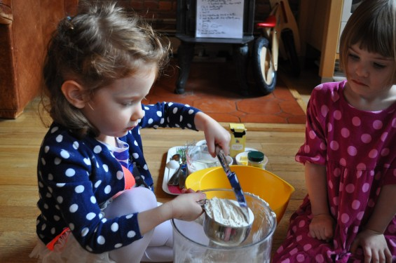 S measures out flour