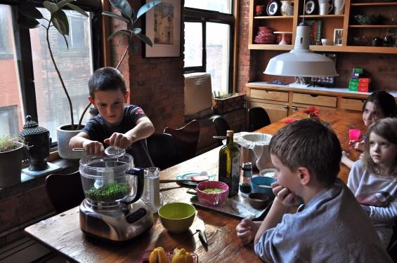 making the sweet pea hummus 1
